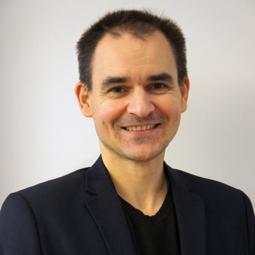 Dr. Gert Ulrich
